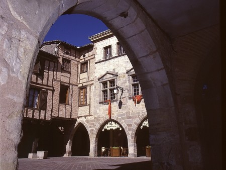 Castelnau de Montmiral / © JL Pieux