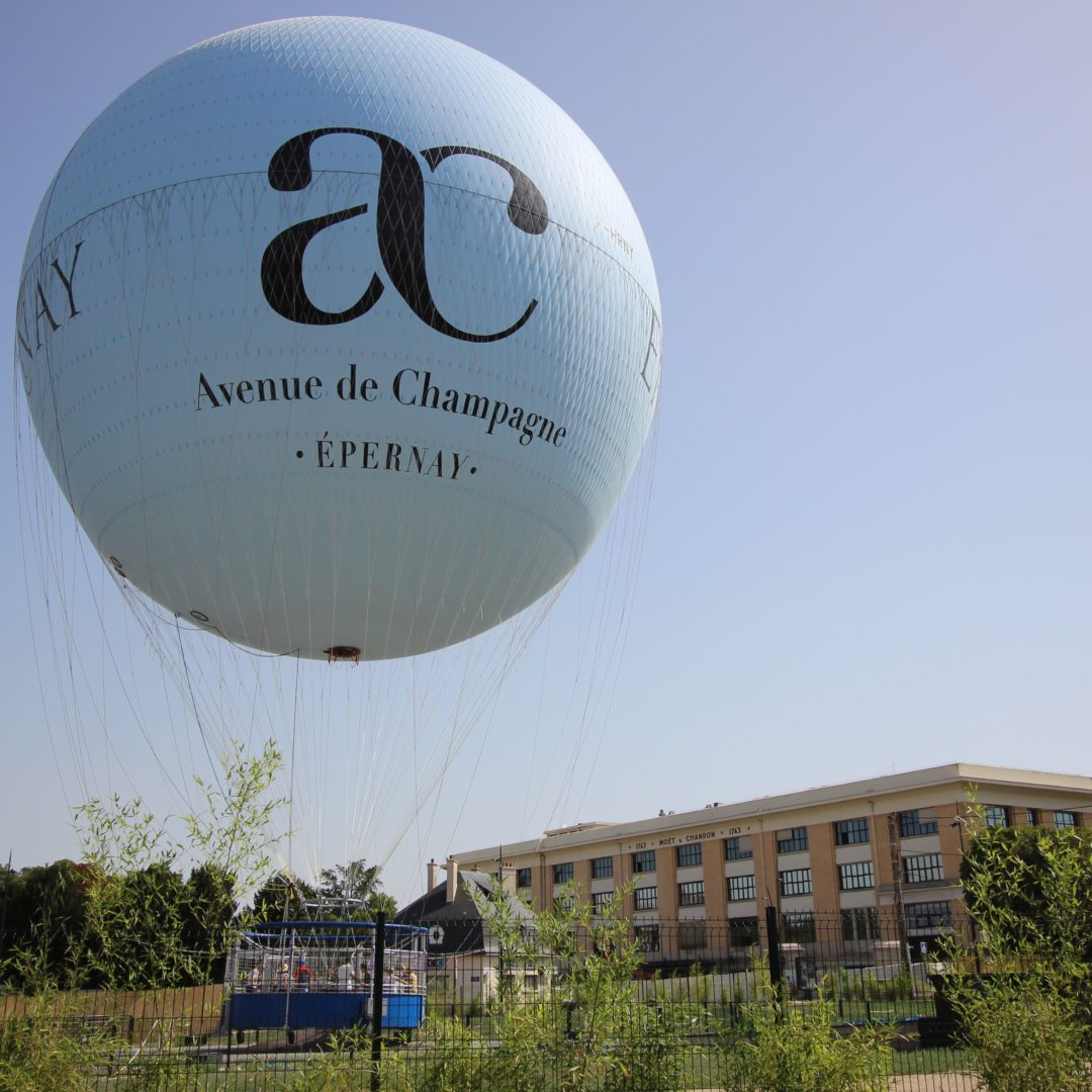 Ballon captif - Epernay © E.Vidal-Coll.ADT Marne2